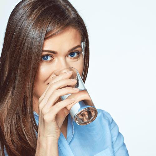 Assumere il calcio: facile come bere un bicchier d'acqua!